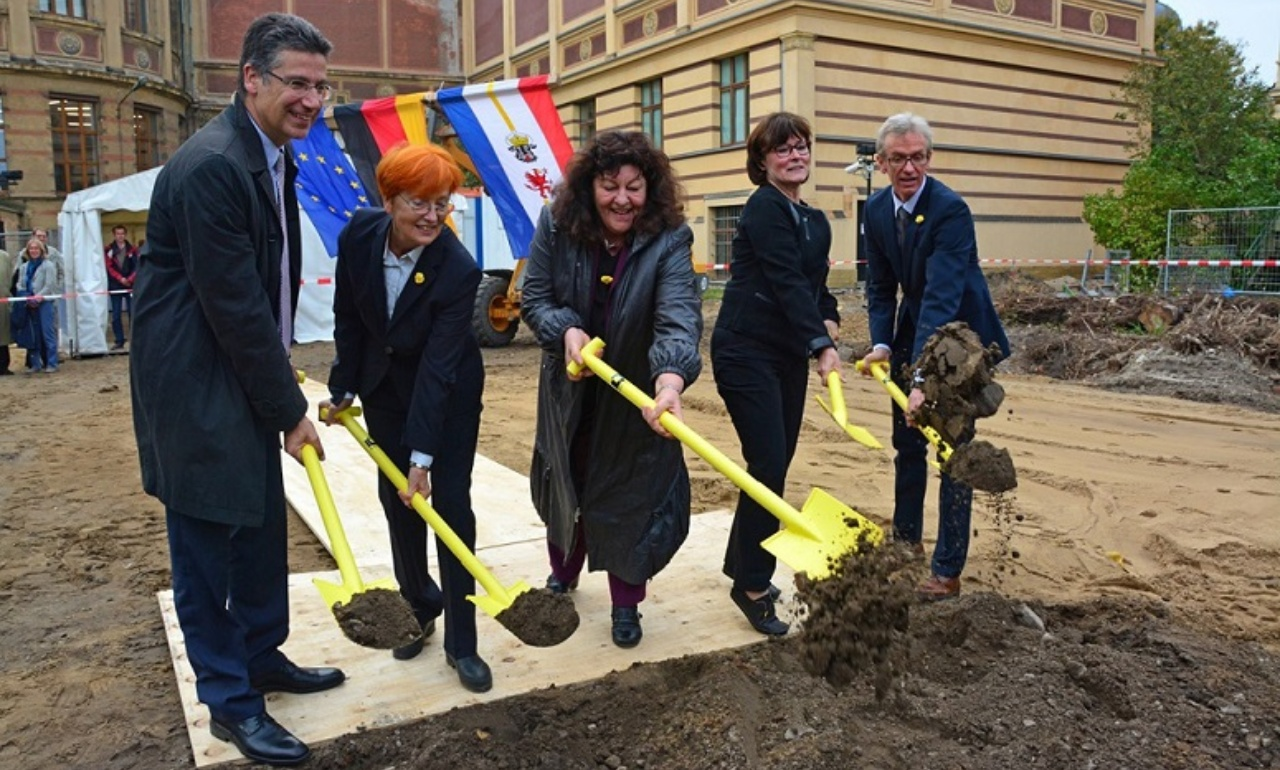 Ground-breaking ceremony for the annex