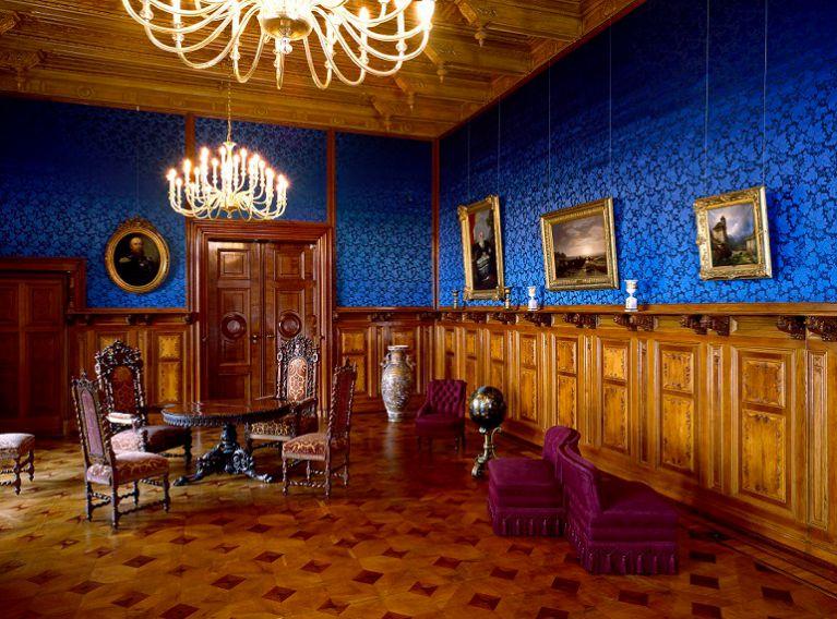 schloss schwerin staatliches museum schwerin ludwigslust g strow. Black Bedroom Furniture Sets. Home Design Ideas